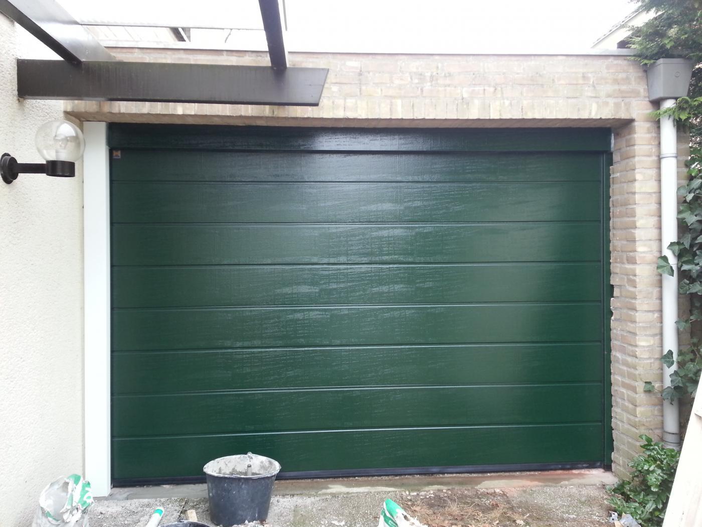 Referenties van h rmann bekijk hoe het eruit kan komen te zien - Deur kast garagedeur ...